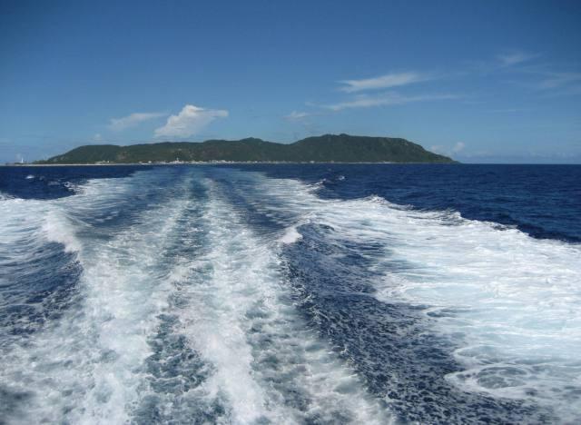 再會了,綠島。美麗的島嶼是我們傷痛的所在。(2010年7月16日)