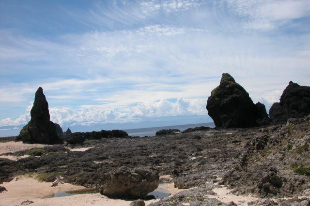 綠島政治犯監獄「綠洲山莊」外的海邊景色。(2010年7月15日)