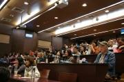 圖十九 座談會中與會來賓專注聆聽的情景。